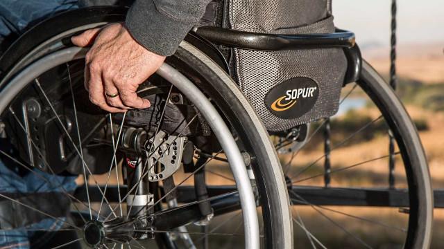 Estudo: mais da metade dos cadeirantes não encontra banheiro acessível
