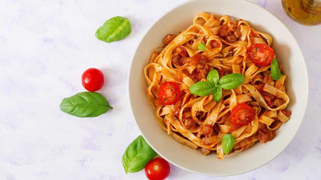 Receita: Fettucine de massa fresca ao Molho de Tomates Secos