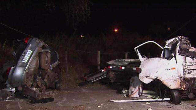 Bebê sobrevive a acidente na BR-040; três pessoas morreram