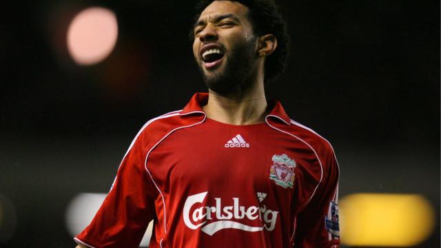 Ex-Liverpool revela pacto entre jogadores para 'aluguel de mulheres'