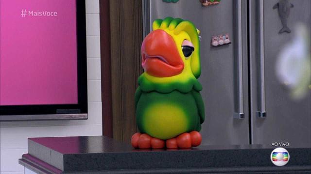 Louro José se confunde e sugere que Loreto vá para Rede TV!