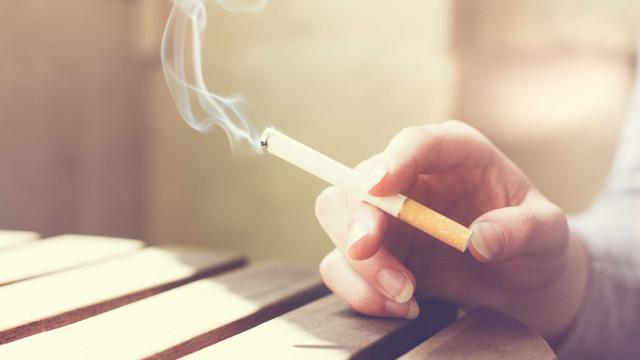 Fumo: o mal começa pela boca