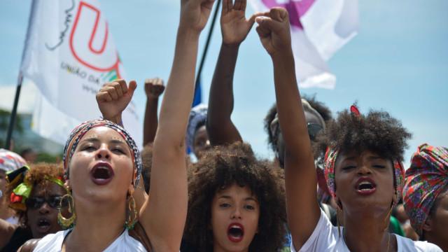 Relembre 8 conquistas da luta feminista no Brasil