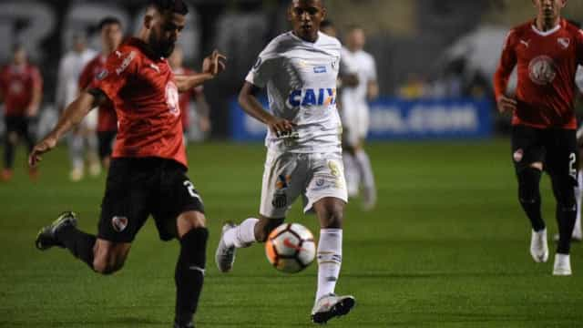 Rodrygo defende torcida após confusão em jogo: 'Está totalmente certa'