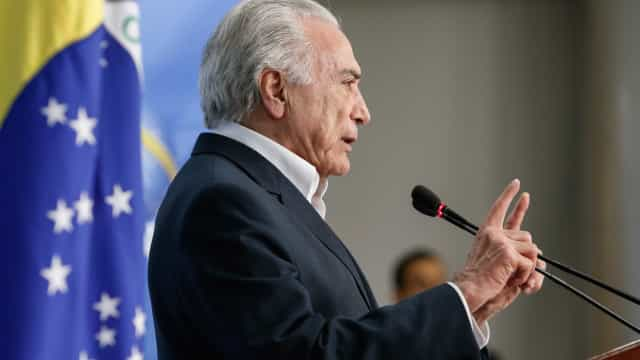 Temer cogita distribuir senhas para entrada de venezuelanos no Brasil
