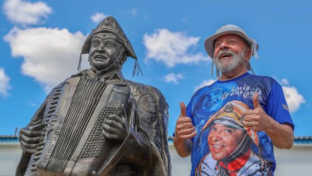 Ex-presidente Lula envia carta aos pernambucanos