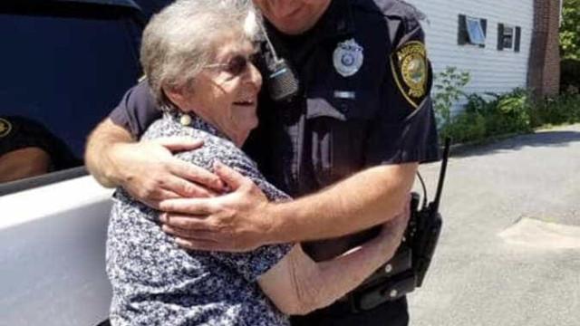 Avó realiza sonho de ser presa em aniversário de 93 anos