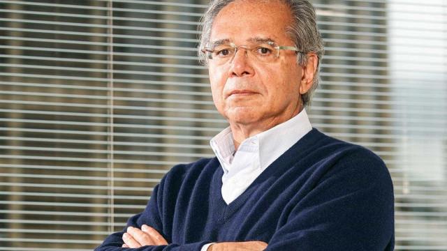 Economista de Bolsonaro chama Aécio de 'ladrão' e 'maconheiro'