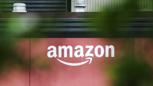 Amazon ultrapassa US$ 1 trilhão na bolsa, mas recua
