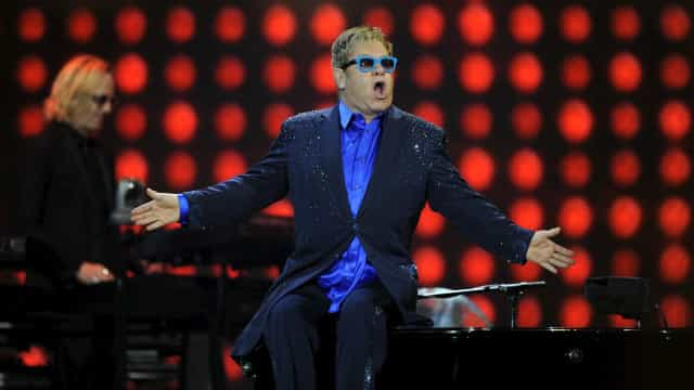 Elton John vai usar Gucci em sua turnê de despedida