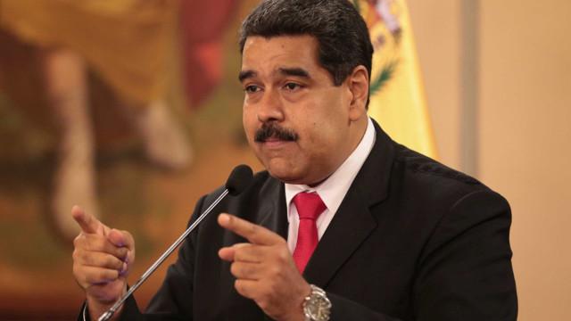'Parem de lavar privadas e voltem', diz Maduro a migrantes