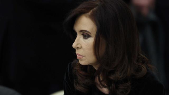 Kirchner é processada em caso de subornos na Argentina