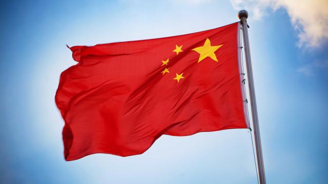 China anuncia retaliação e vai impor sobretaxa a mais de 5 mil produtos