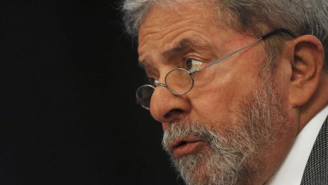 PT gasta R$ 1,5 milhão com advogados de defesa de Lula, diz jornal