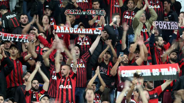 Atlético-PR vence fora e encaminha classificação na Sul-Americana