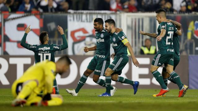 Palmeiras vence Colo-Colo e encaminha classificação na Libertadores