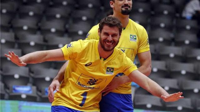 Brasil bate Austrália com facilidade em estreia na 2ª fase do Mundial