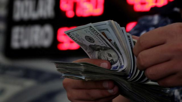 Dólar abre em queda de 0,30% cotado a R$ 4,1419