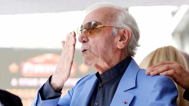 Morte de Charles Aznavour causa comoção na classe artística da França