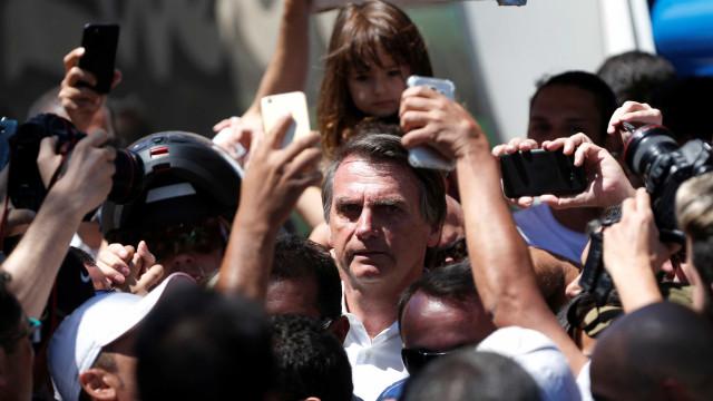 Bolsonaro faz aceno ao Nordeste e lamenta prisão de Lula