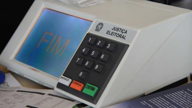 TSE aciona PF para verificar vídeo de suposta urna fraudada