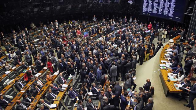Quase metade da Câmara será formada por milionários