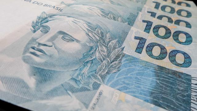 Governo tem R$ 15 bilhões que não pode gastar
