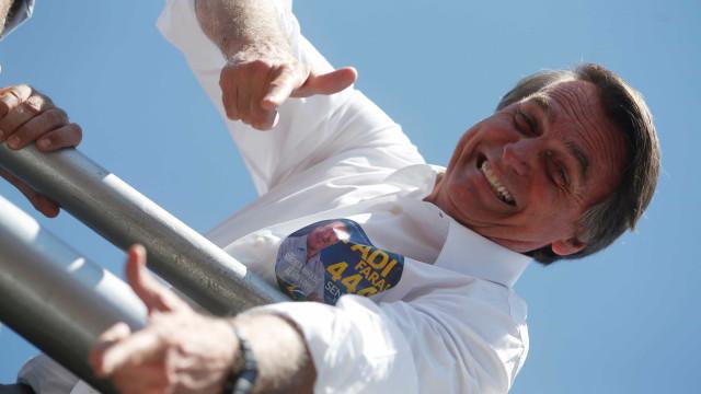 Nova cirurgia de Bolsonaro deve ocorrer em janeiro, diz médico