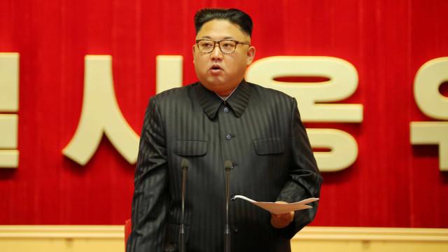 Ditador coreano aceita receber inspetores nucleares, afirmam os EUA