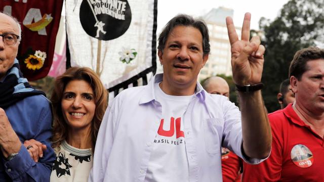 Questionado sobre indulto, Haddad diz que Lula não pede benefício