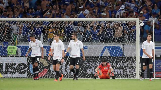 Corinthians aciona alerta contra risco de queda após perda de título