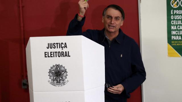 Documento que pede nulidade da eleição presidencial chega ao TSE