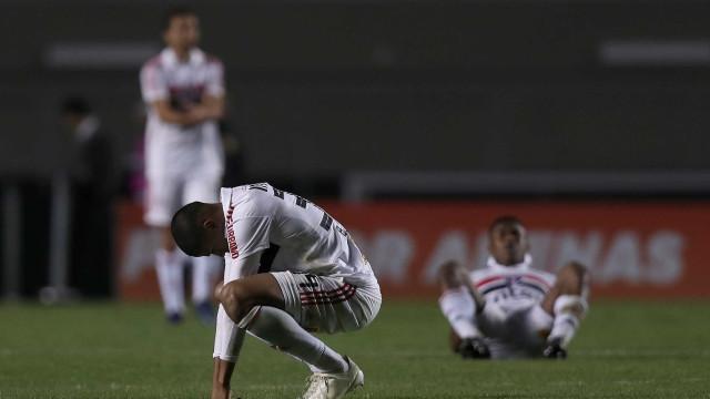 Jogadores do São Paulo reconhecem que têm decepcionado o torcedor