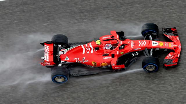 Raikkonen vence GP nos EUA e adia a decisão do título da Fórmula 1