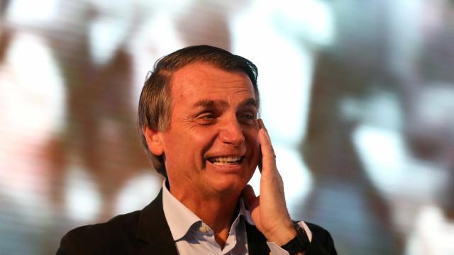 Bolsonaro diz que Folha é 'menos séria que revista de piada'
