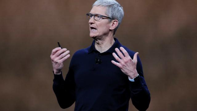 'Ser gay é o melhor presente que Deus me deu', diz presidente da Apple