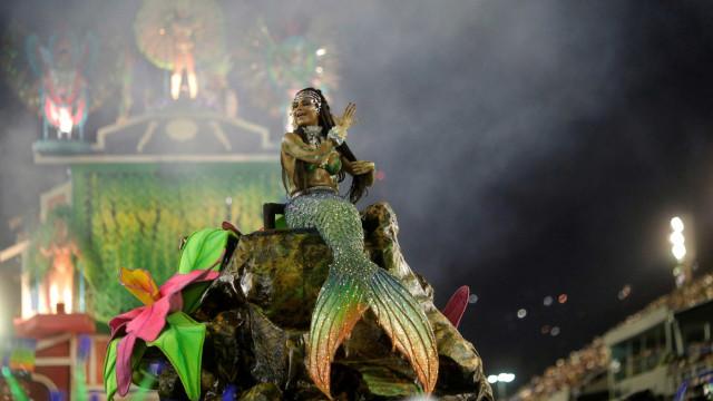 Jean Paul Gaultier assinará fantasia da Portela no Carnaval 2019