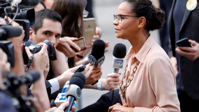 Brasil não pode ir pelo caminho da violência, diz Marina ao votar
