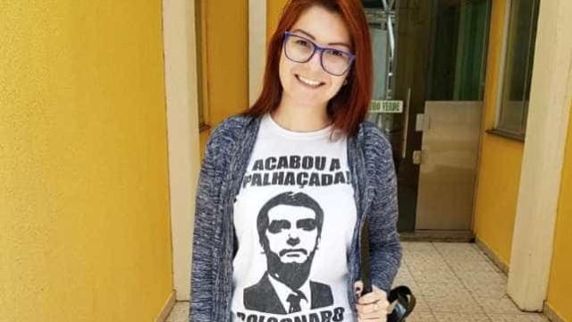 Deputada do PSL pede que alunos gravem vídeos para denunciar docentes