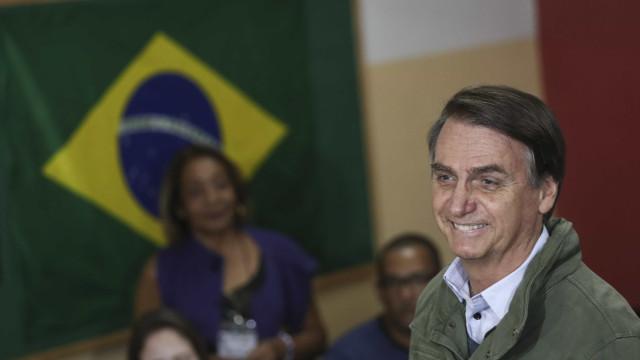 Governo Bolsonaro terá cerca de 15 ministérios, diz aliado