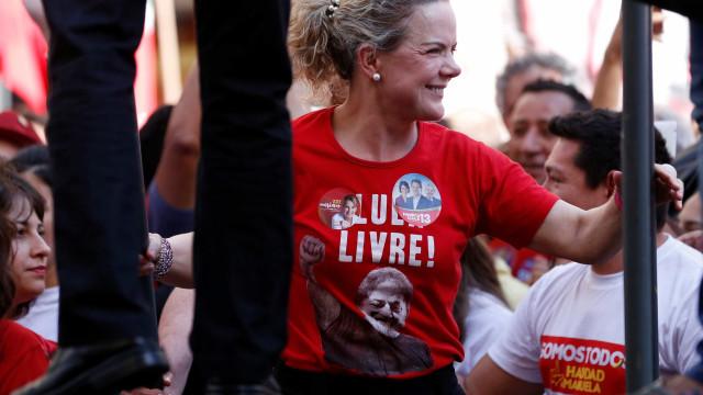 PT critica Judiciário e chama Bolsonaro de aventureiro fascista