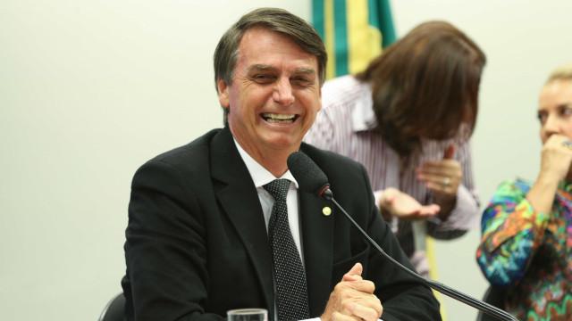 Bolsa fecha na máxima histórica apoiada em movimentação de Bolsonaro