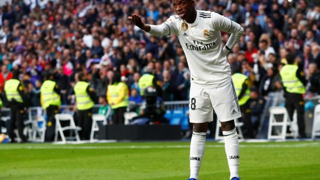 Árbitro muda súmula e confirma 1º gol de Vinicius Jr. pelo Real Madrid