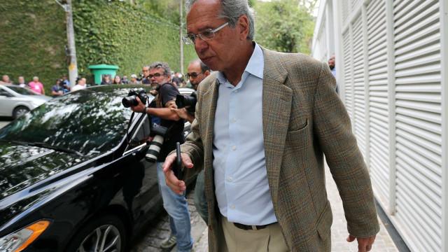 Planos econômicos fizeram fortuna de Paulo Guedes