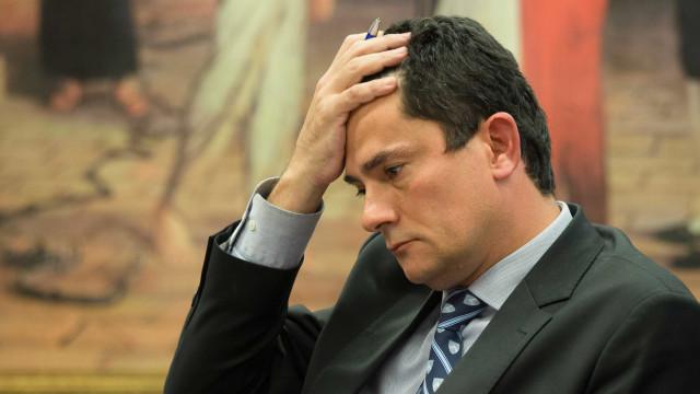 PT vai à Justiça para que Moro seja impedido de assumir ministério