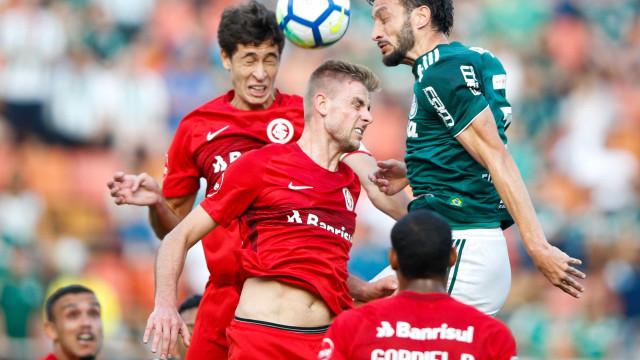 Palmeiras e Inter trocam farpas e aumentam disputa de bastidores