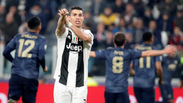 Cristiano Ronaldo faz golaço, mas Juve leva virada do United em Turim