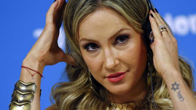 Após ser constrangida por Silvio, Claudia Leitte desabafa: 'Cruel'