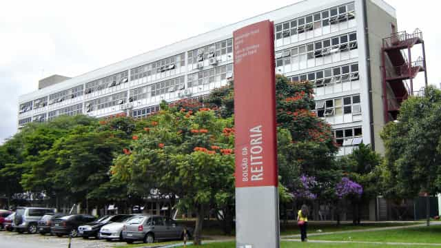'Escola sem partido não entra na USP', garante reitor