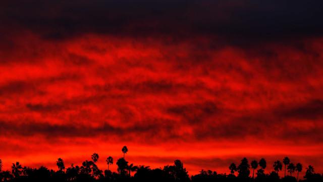 Número de mortos em incêndios na Califórnia sobe para 58